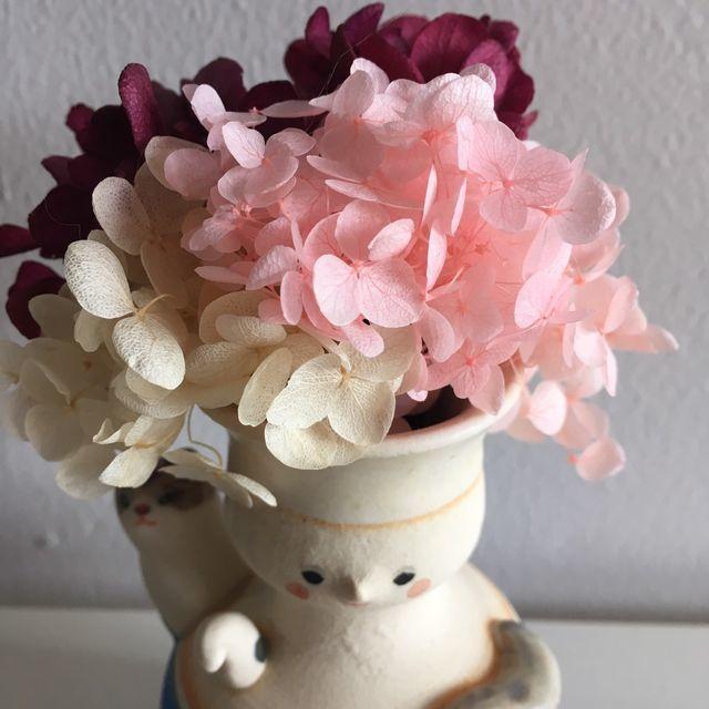 椎名林檎 病床パブリック 足田メロウ ミニマリストだけどアートを飾る:一点モノの一輪挿しにブリザーブドフラワー