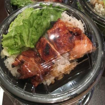 丸亀製麺系列のカレー店「ON THE CURRY」はテイクアウトも最高!