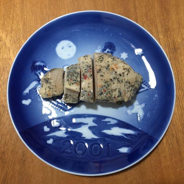サラダチキンコンビニ4社食べ比べレビュー「セブンイレブン」「ローソン」「ファミリーマート」「ミニストップ」を口コミ&比較