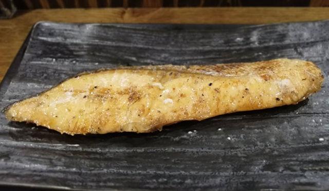 しんぱち食堂朝定食|銀じゃけ定食は超オススメ、大きな鮭の切り身で満足度抜群