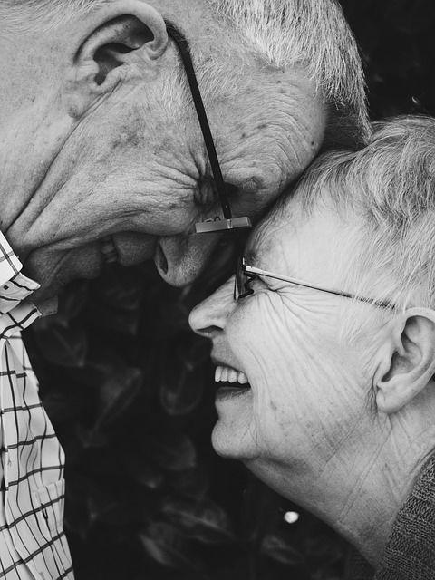 初老夫婦の老いじたくは、シンプルライフでダウンサイジング|捨残撫