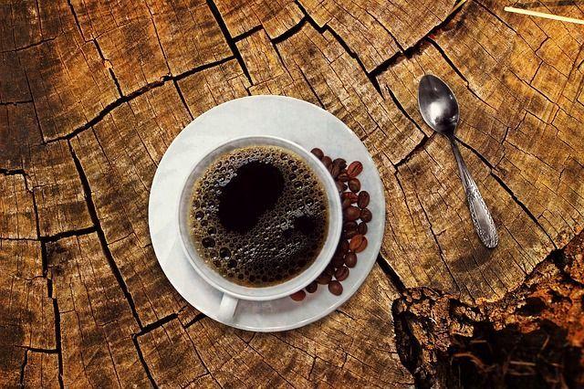 【1ヶ月10万円生活】缶コーヒーをやめて3000円節約