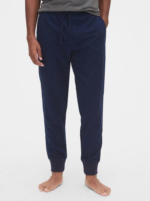 ミニマリストのパジャマ&部屋着|夫婦で3本のズボンで着まわす