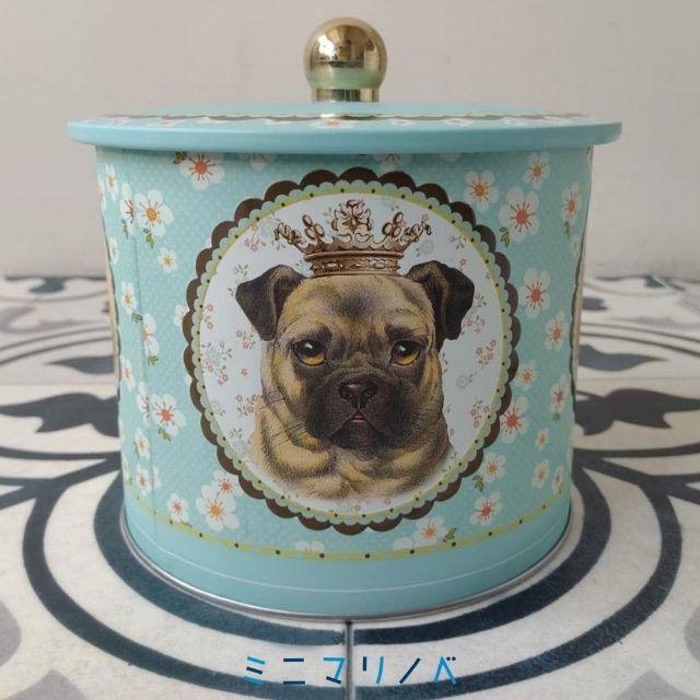 サイドパグ犬イラスト:ラトリニテーヌのクッキー缶「バレル・アニマル」