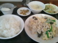 よさそげな中華発見。こんな感じの定食。