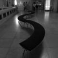 [ベンチ][モノクロ]上野国立博物館