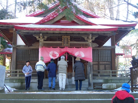 伏見稲荷神社神殿