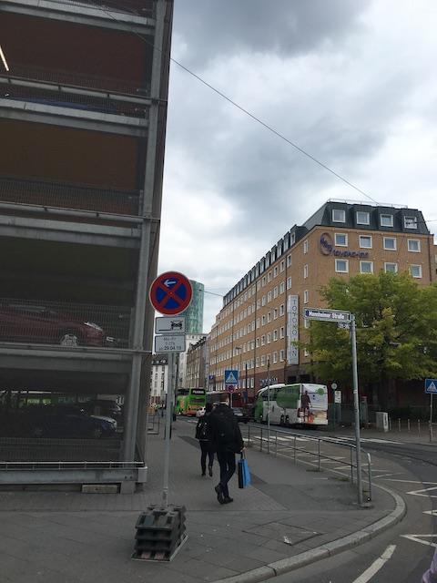 ドイツ 東横イン フランクフルト中央駅前 外観