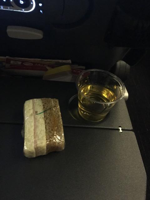 JAL JL009 夜食