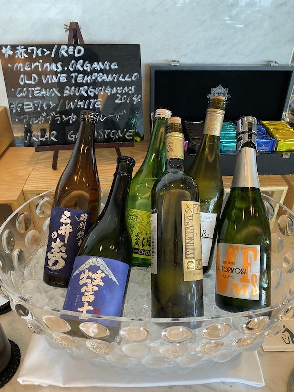 成田空港 第2ターミナル 本館 サクララウンジ ワイン