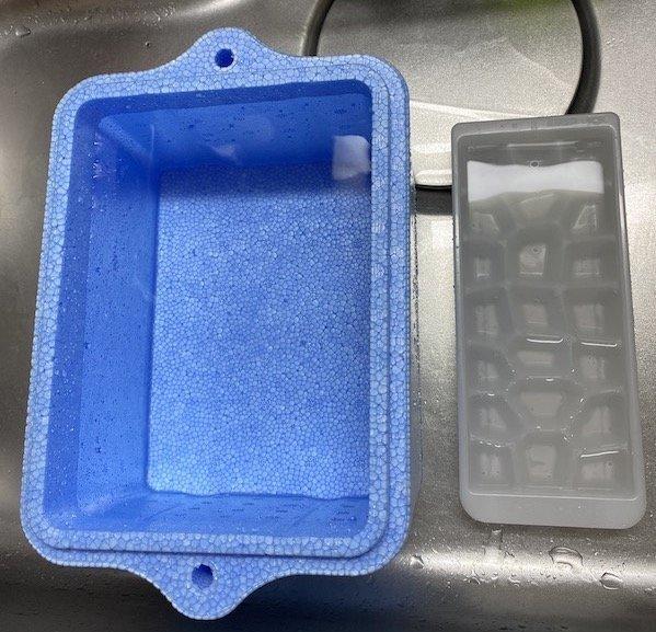 クーラーボックス vs 製氷機