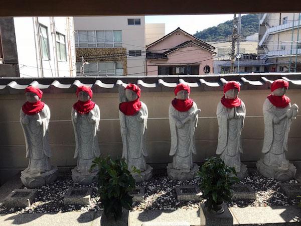 熱海 温泉寺の六地蔵