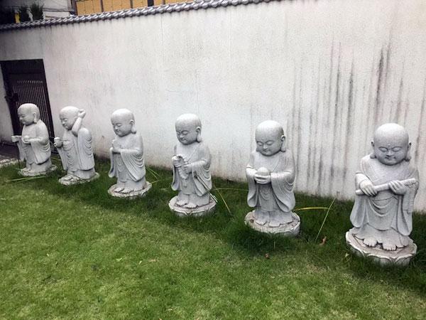 高円寺 長龍寺の六地蔵