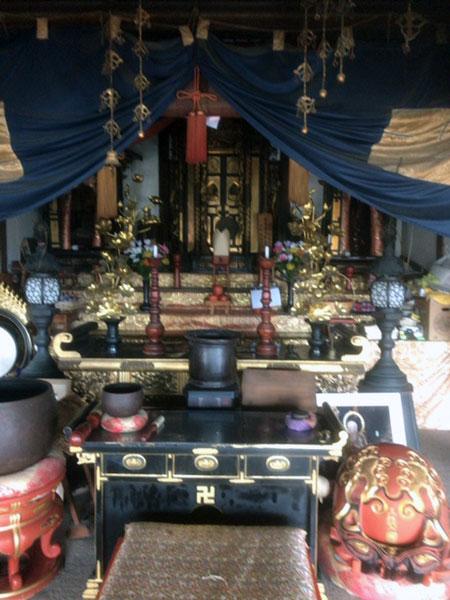 地蔵寺 本堂の中