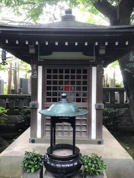 無量寺の地蔵堂