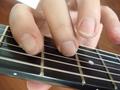 [A]3弦6フレットC#、4弦5フレットG (III+VII)