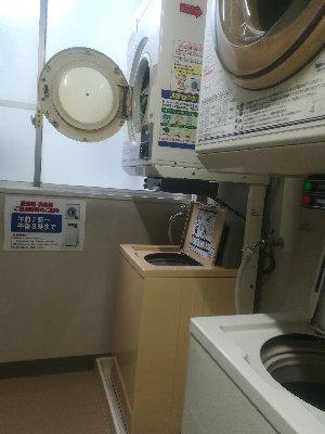 病院の洗濯機と乾燥機