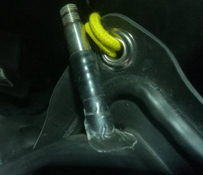 ロホ(車椅子クッション)に修理パッチを貼ったところ