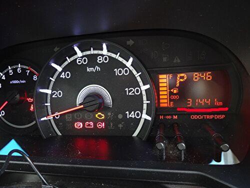 ダイハツムーブのスピードメーター周りの画像