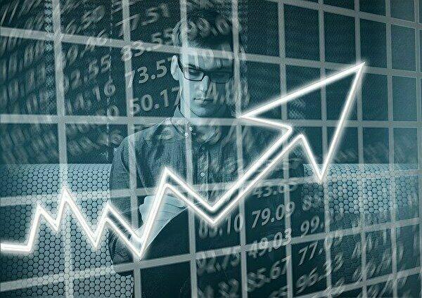 富岳が世界一になったことで富士通の株価はどうなった?