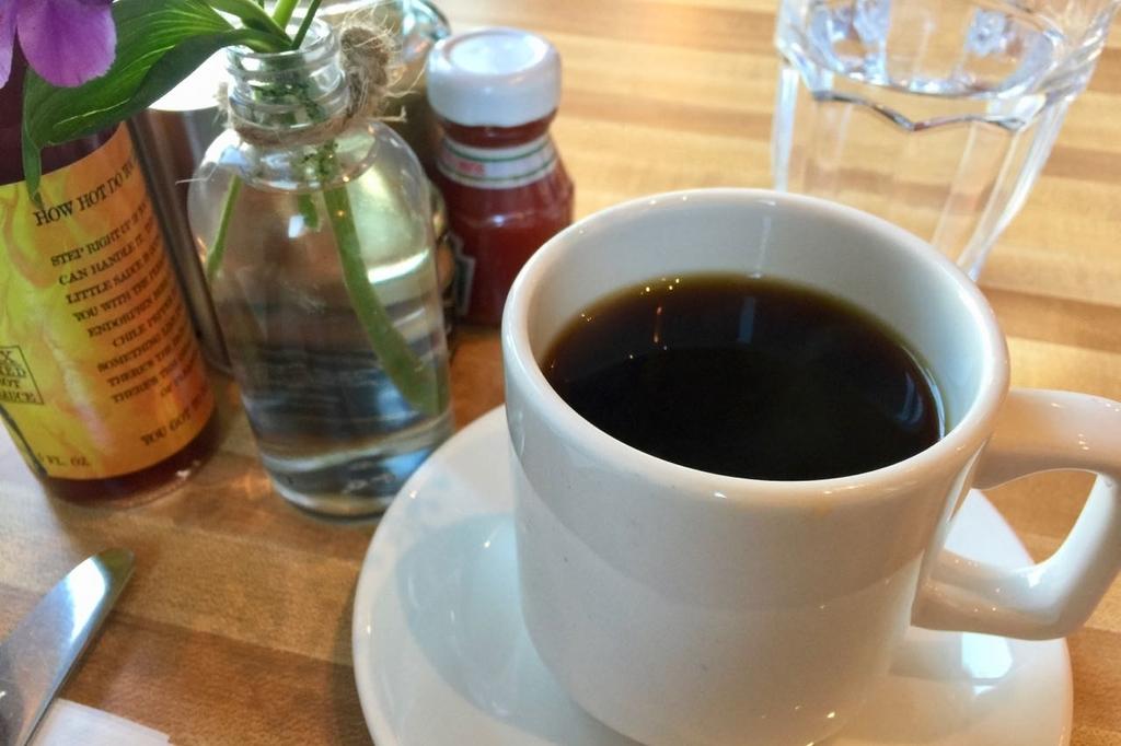 MONKIの朝食ホットコーヒー。