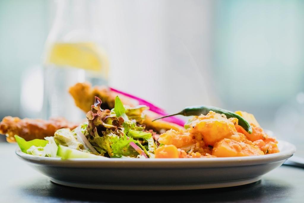 エビチリって日本独自の中華料理?