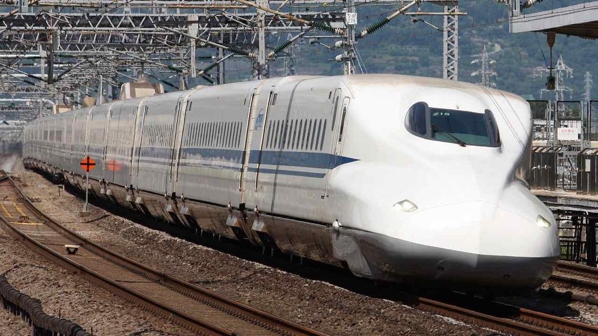 東海道新幹線のぞみ