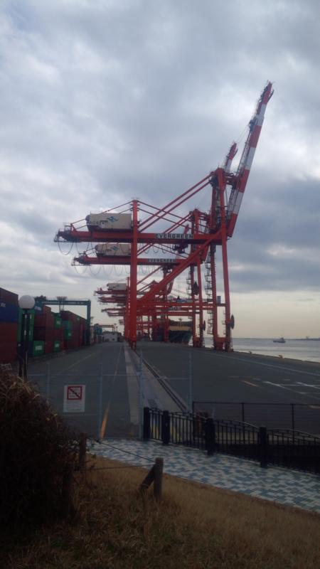 お台場の超巨大タンカー&クレーン