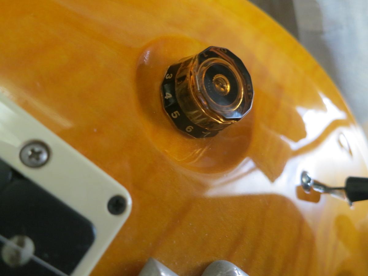 ギターのボリュームコントロールの画像