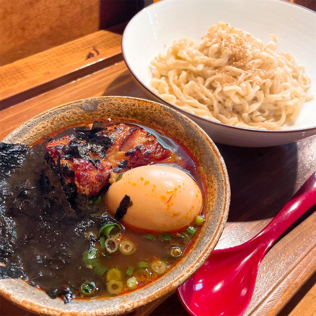 沖縄そばエイブンのつけそば麺斜め