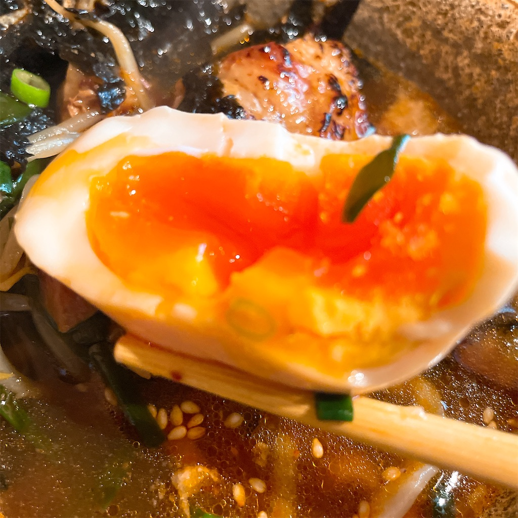 沖縄そばエイブンのつけそば卵