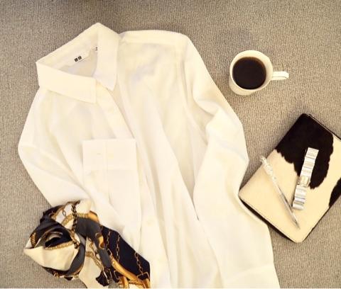 オフィススタイルの定番! 白シャツ×ジャケットのオシャレコーデ-1