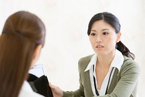 「素直じゃない…」イラッとする『後輩女子』にどう向き合う?【働く女性相談室】