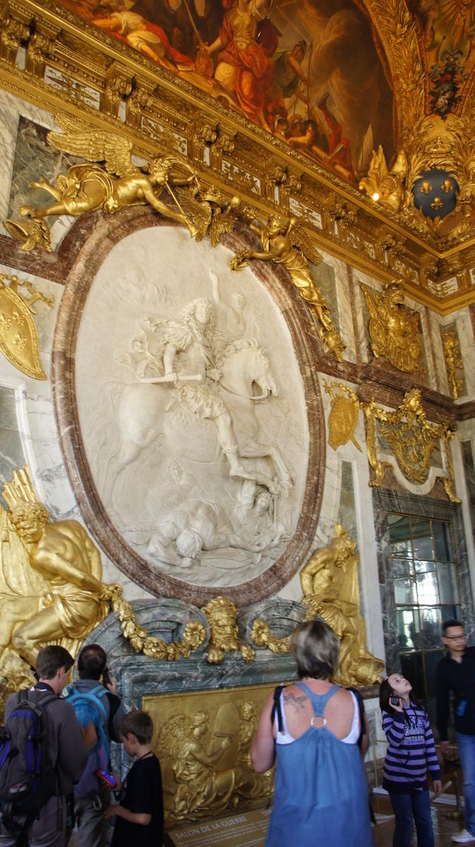 ルイ14世 レリーフ ヴェルサイユ 戦争の間