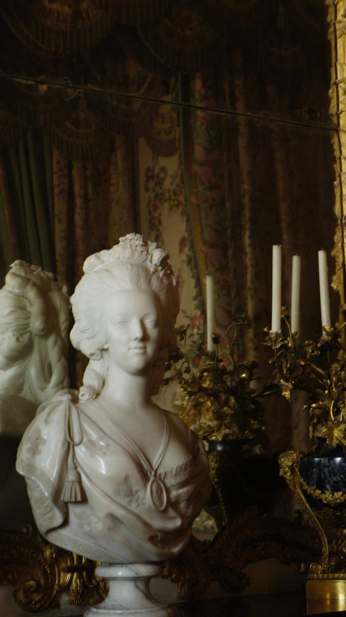 マリー・アントワネット胸像 王妃の大居室