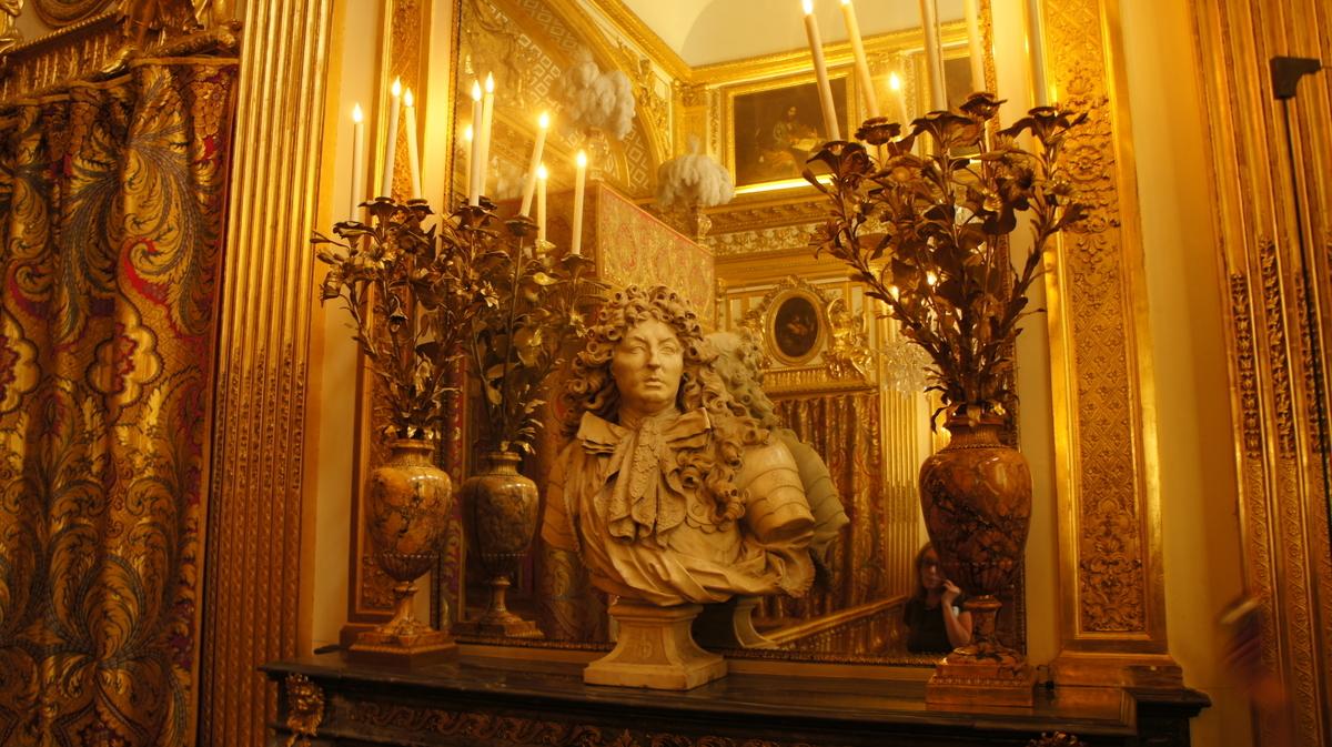 ルイ14世の胸像 ヴェルサイユ 王の寝室