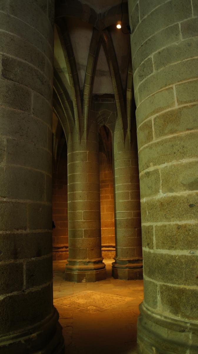 モンサンミッシェル修道院 太柱の礼拝堂