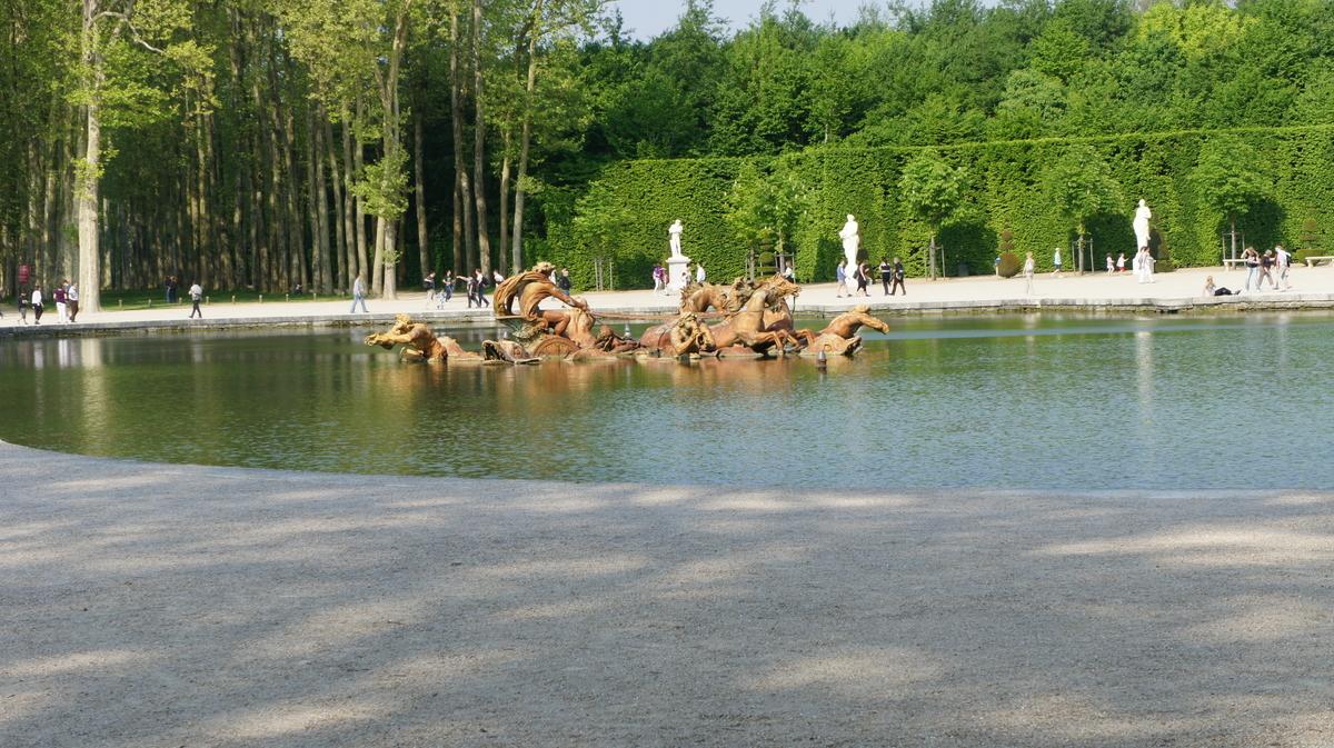 アポロンの泉水