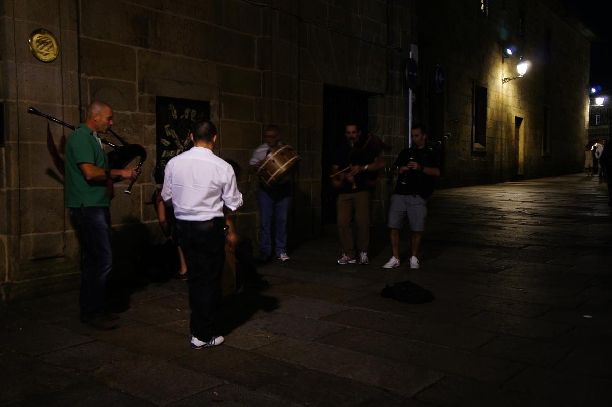 ガイタの演奏 サンティアゴ・デ・コンポステーラ