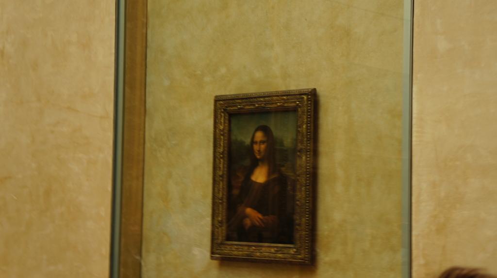 ルーブル美術館 パリ