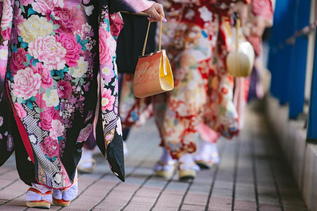 "<img src=""kimono.jpg"" alt=""ハレの日"">"