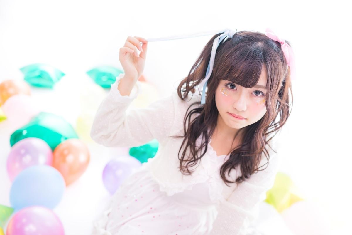 "<img src=""idol.jpg"" alt=""アイドルっぽい女の子"">"