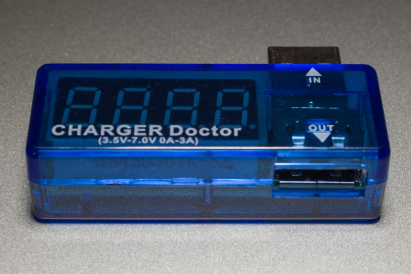 USB電圧・電流チェッカー外観