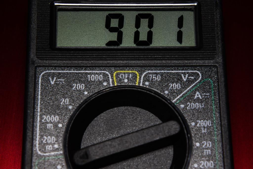DT-830B液晶表示