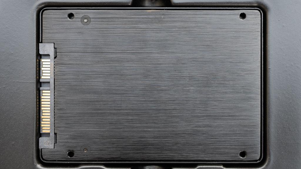 安芯航SSD本体裏面