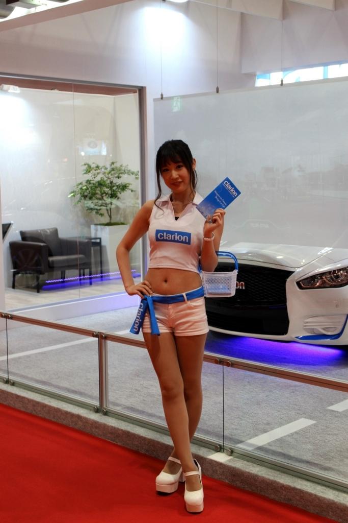 東京モーターショー2017クラリオン_スバルコンパニオンさん_杉原あやの