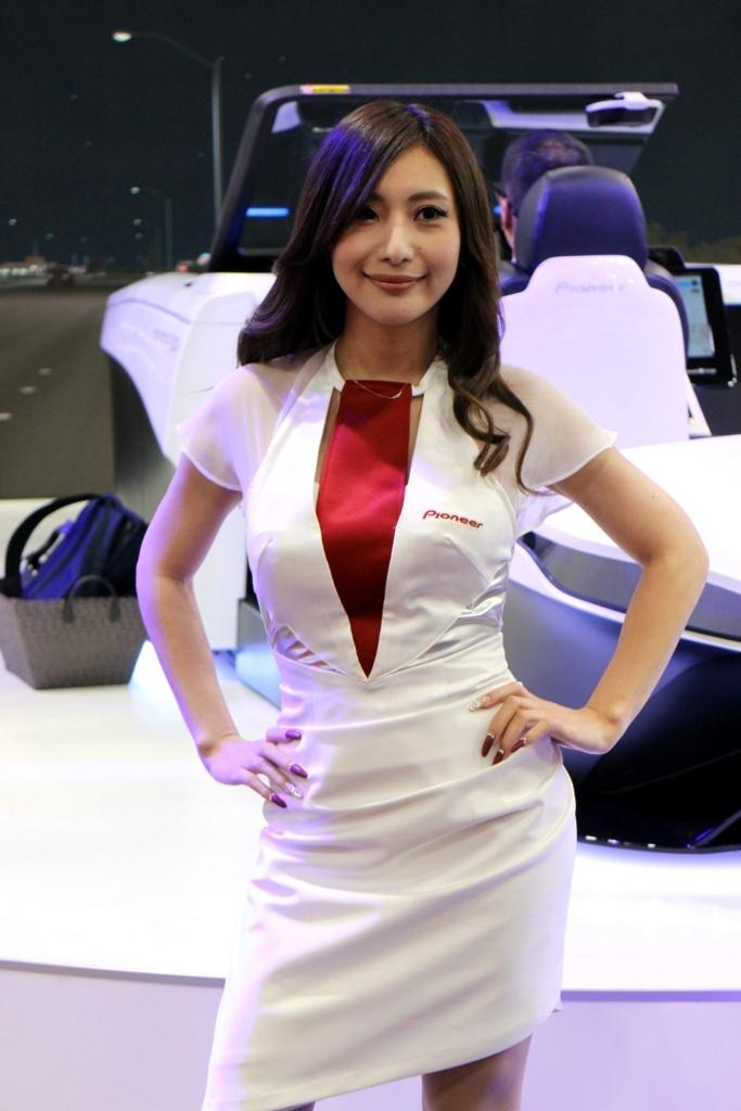 東京モーターショー2017pioneer_パイオニア_コンパニオンさん_キャンギャル2