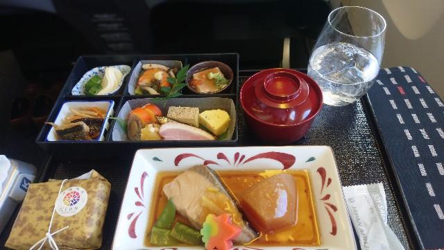 jal_東京羽田_上海ビジネスクラス_機内食