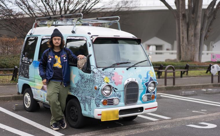野田クラクションべべーさんの日本一周のときの車です。