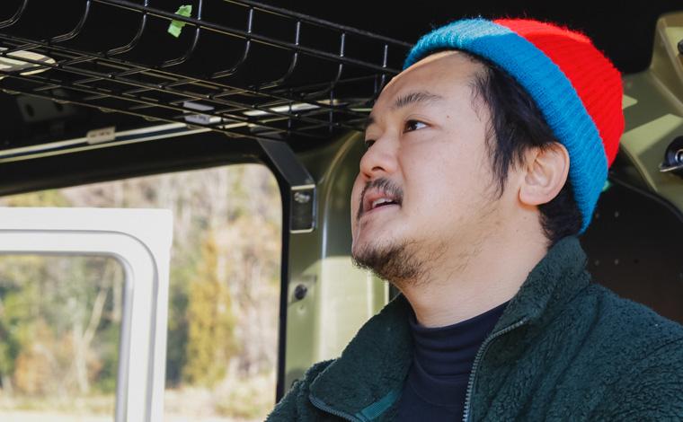 野田クラクションべべーさんが話している画像です。